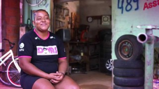 Gente servindo Gente: Alexsandro e as Divas