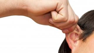 Leve puxão de orelhas