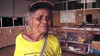 De Bairro em Bairro – Ep. 61: Dona Júlia, catadora de latinhas, no bairro Aparecida
