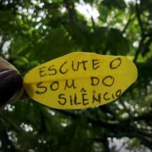 escute-o-som-do-silencio